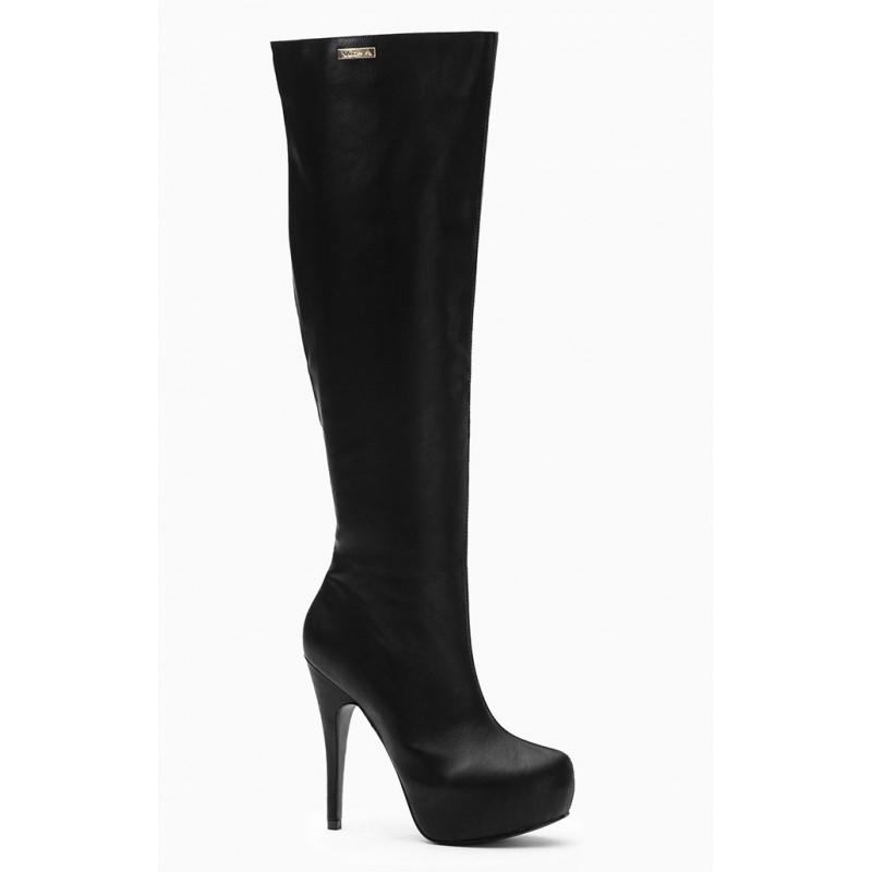 0cf403f45e8d Dámske elegantné zimné čižmy čiernej farby - fashionday.eu