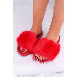 Výrazné dámske červené šľapky s kožušinou