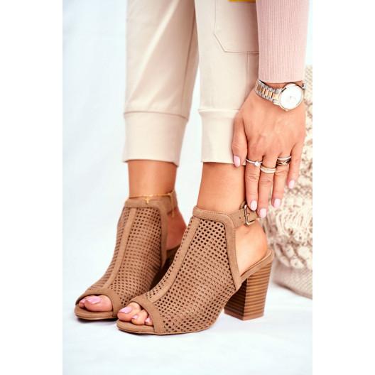 Moderné dámske béžové sandále na vysokom opätku