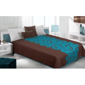 Hnedý prehoz na posteľ s abstraktným vzorom