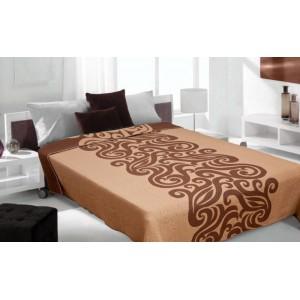 Hnedé prehozy na posteľ so vzorom
