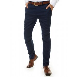 Elegantné pánske modré chinos nohavice klasického strihu