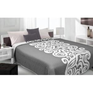 Sivý prehoz na posteľ s bielym vzorom