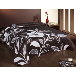Čierny prehoz na posteľ s bielym kvetom