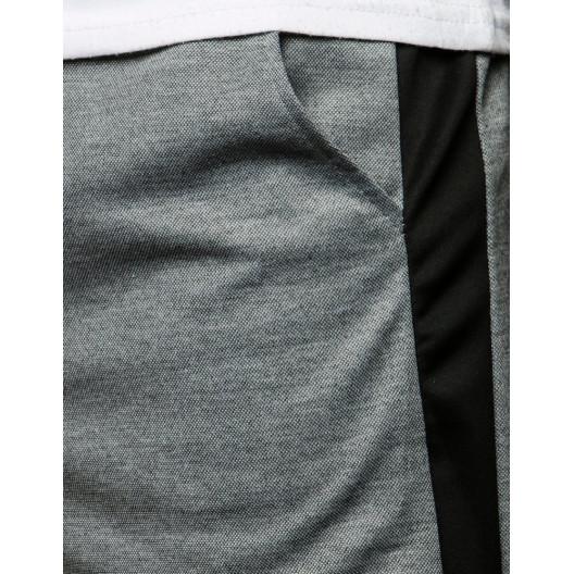 Svetlo sivé pánske kraťasy nad kolená s bielym spodným pásom