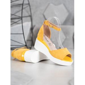 Moderné dámske letné sandále v žltej farbe