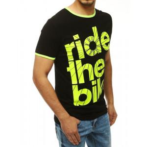 Pánske tričko čiernej farby s nápisom