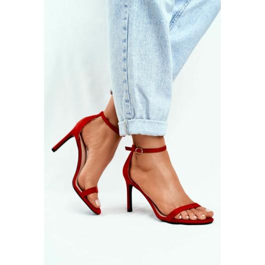 Dámske červené sandálky s tenkou prackou