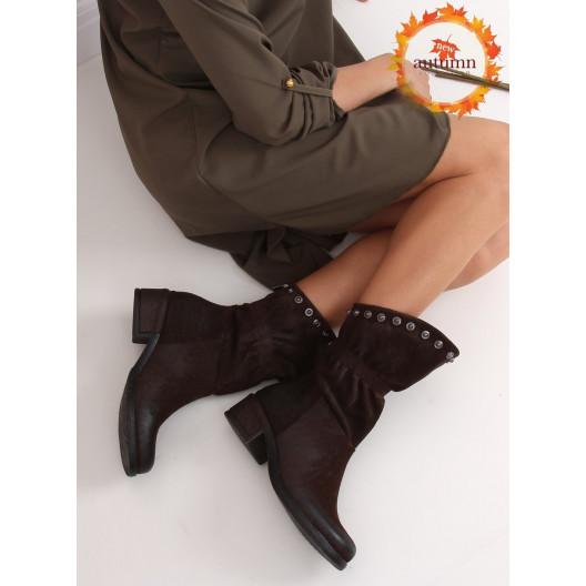 Hnedé dámske členkové čižmy s nariaseným zvrškom