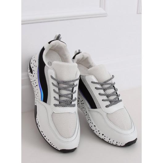 Čierno biele športové topánky na leto