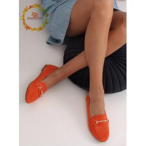 Moderné dámske oranžové mokasíny