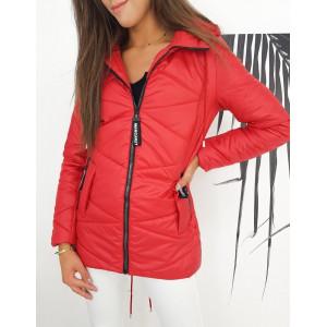 Červená dámska prešívaná bunda s kapucňou