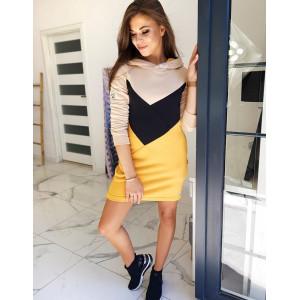 Viacfarebné moderné dámske šaty