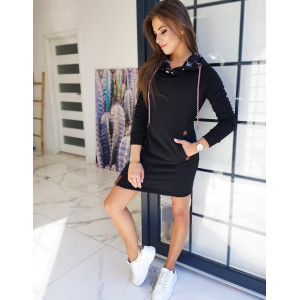 Krásne dámske pohodlné šaty v čiernej farbe