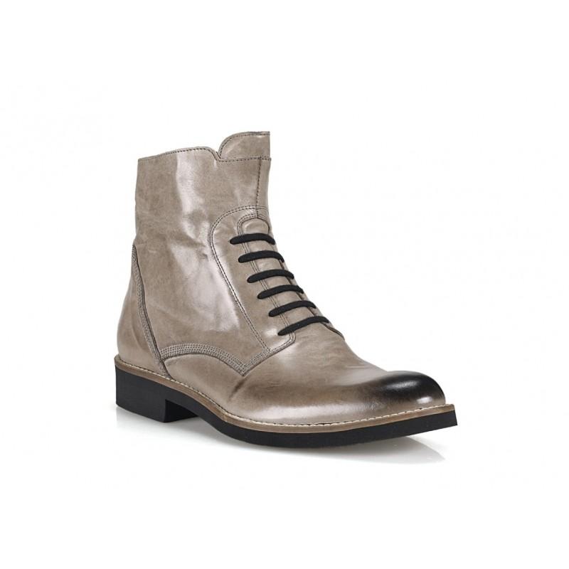 9499263df415 Predchádzajúci. Talianske kožené topánky COMODO E SANO ...