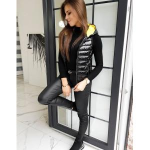 Dámska čierna prechodná bunda bez rukávov so žltou kapucňou