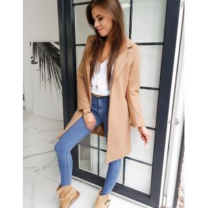 Elegantný dámsky kabát v ťavej farbe