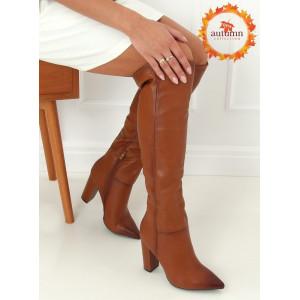 Zateplené dámske hnedé čižmy s ostrou spičkou