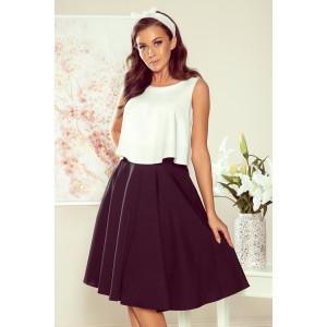 Krásna sukňa v retro štýle