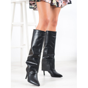 Luxusné dámske čižmy na ihlovom podpätku v čiernej farbe