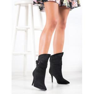 Krásne dámske čierne kotníkové topánky so špicom