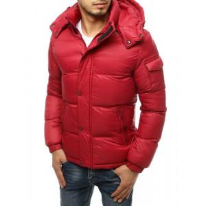 Klasická červená jednofarebná pánska zimná bunda s kapucňou