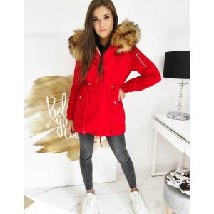 Štýlová dámska zimná bunda červenej farby