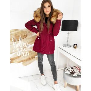 Bordová dámska zimná bunda s kožušinou na kapucni