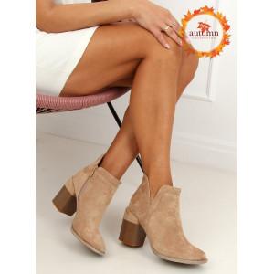 Dámske semišové topánky na podpätku béžovej farby