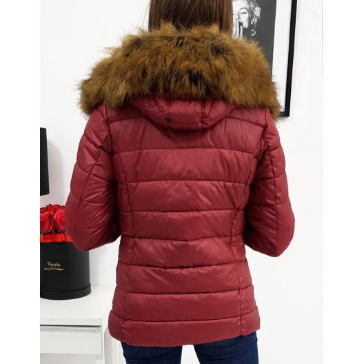 Prešívaná dámska zimná bunda s odnímateľnou kapucňou