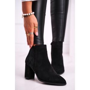 Semišové čierne dámske kotníkové topánky na vysokom opätku