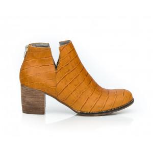 Svetlohnedé dámske členkové kožené topánky