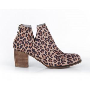 Členkové dámske topánky s leopardiou potlačou