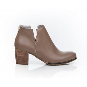 Dámske elegantné kožené členkové topánky farba taupe