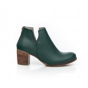 Členkové dámske kožené topánky v zelenej farbe