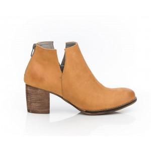 Dámske trendy kožené topánky svetlohnedá farba