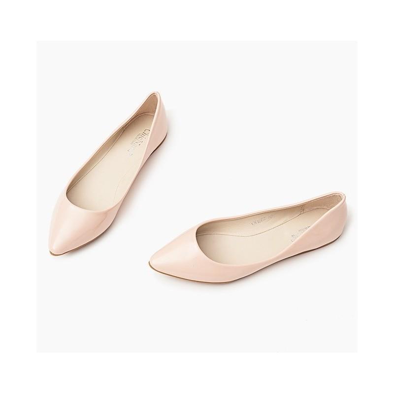 6cec0f0196bd Lesklé dámske špicaté baleríny pudrovo ružovej farby - fashionday.eu