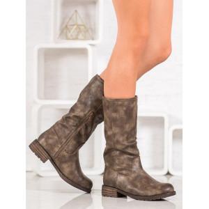 Trendy dámske hnedé čižmy so zapínaním na zips
