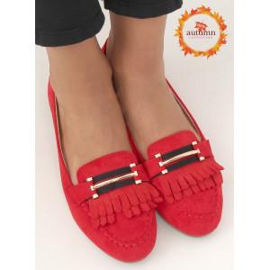 Originálne dámske červené mokasíny so strapcami