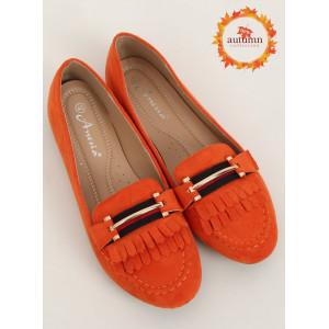 Štýlové dámske oranžové mokasíny so strapcami
