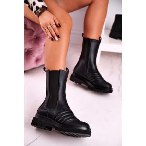Športové dámske čierne kotníkové topánky s bočnou gumou