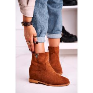 Štýlové dámske kotníkové topánky v krásnej koňakovo hnedej farbe