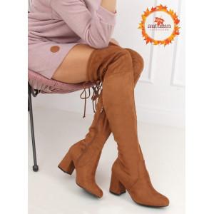 Dámske hnedé čižmy nad kolená muškatierky