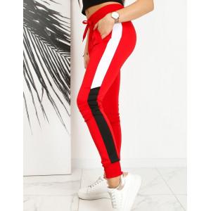 Červené dámske tepláky s bočným kontrasným pásom
