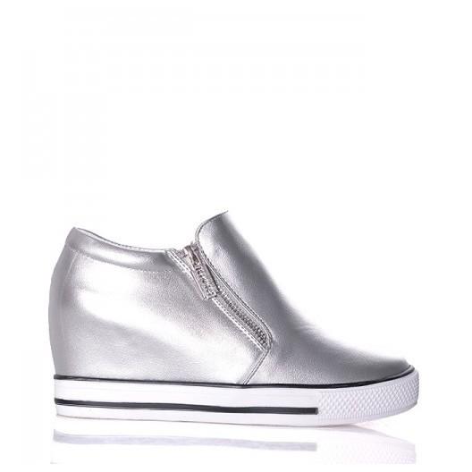 Strieborné dámske topánky na voľný čas