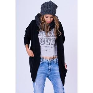 Úpletový sveter v čiernej farbe