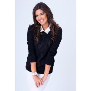 Dámsky pletený sveter čiernej farby