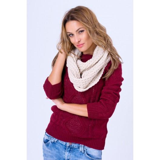Pletený sveter v bordovej farbe