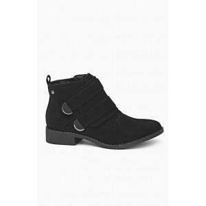 Topánky čiernej farby kotníkové