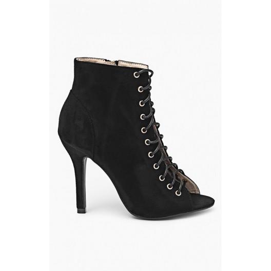 Topánky čiernej farby s otvorenou špičkou